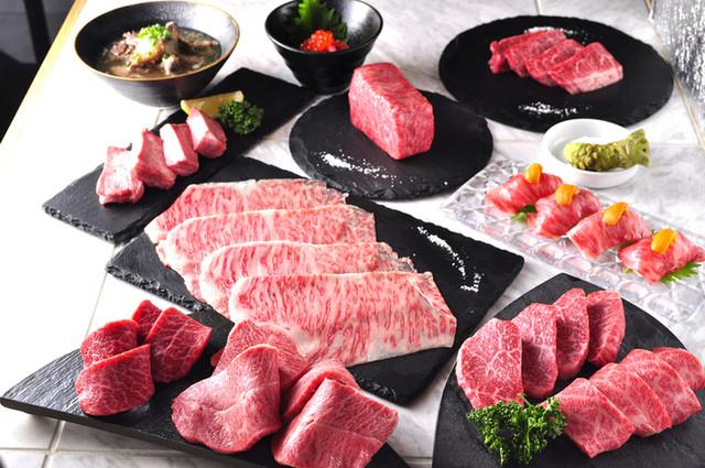 渋谷で人気の焼肉店 焼肉ZENIBA メス牛使用の黒毛和牛とワインを楽しむ新年会